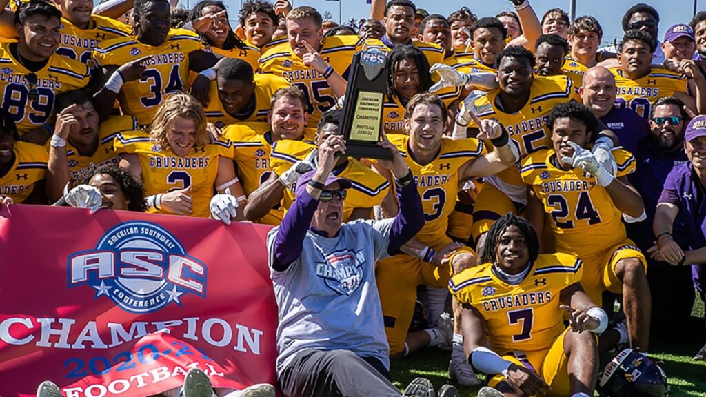 Football ranked in two preseason publications; Fritz and Avila earn All-America mention
