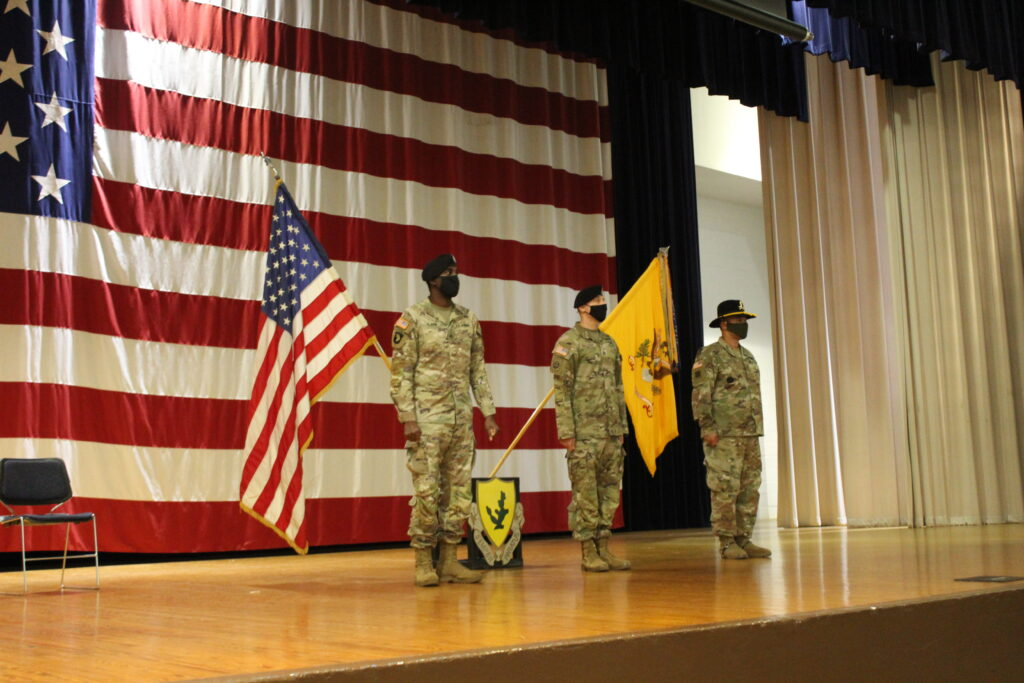 Fort Hood soldiers, Bell County deputy recognized for saving soldier